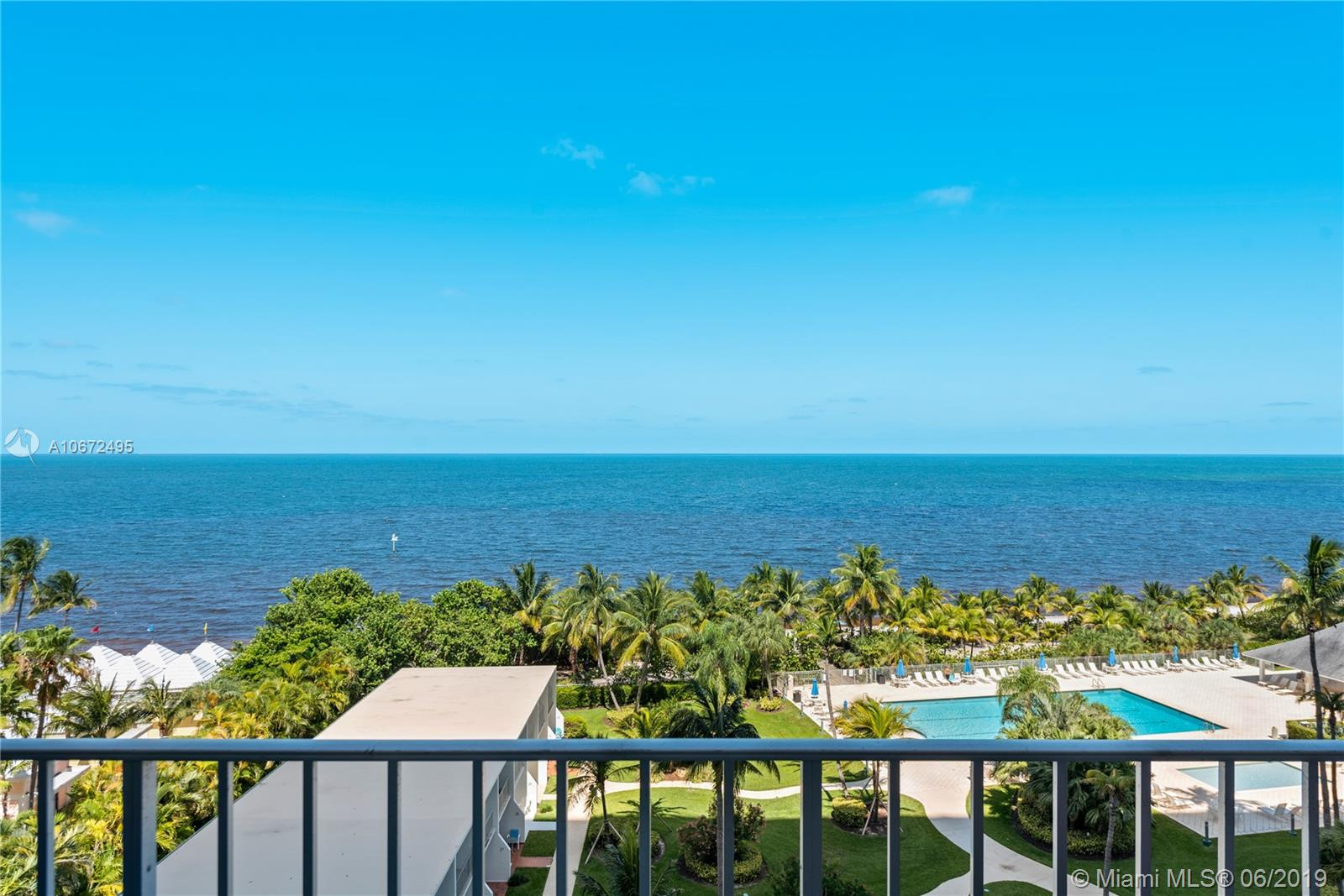 881  Ocean Dr #7G For Sale A10672495, FL