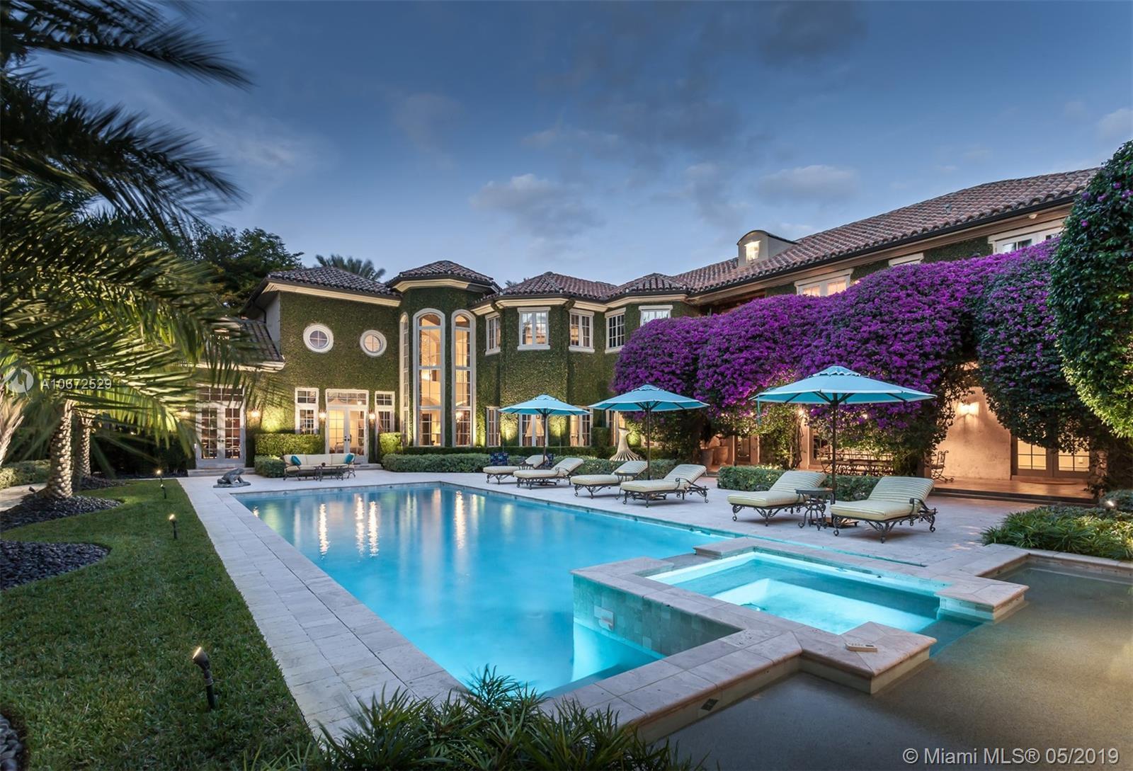 5050 Pine Drive, Miami, FL 33143
