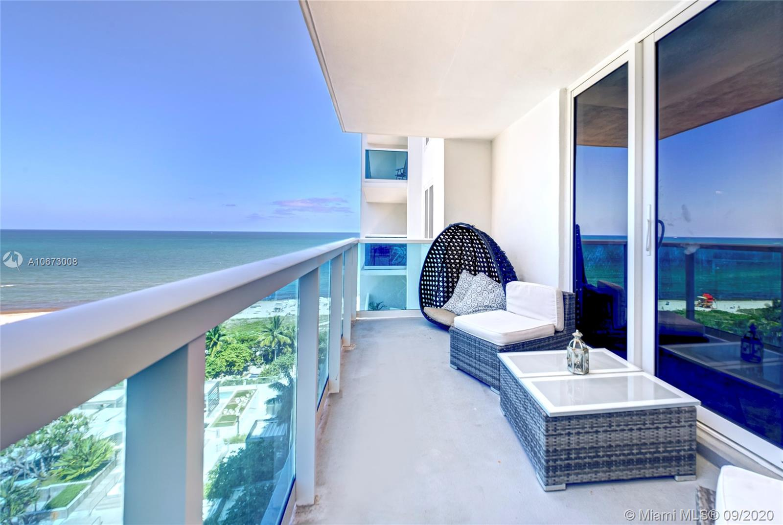 2301  Collins Ave #1016 For Sale A10673008, FL
