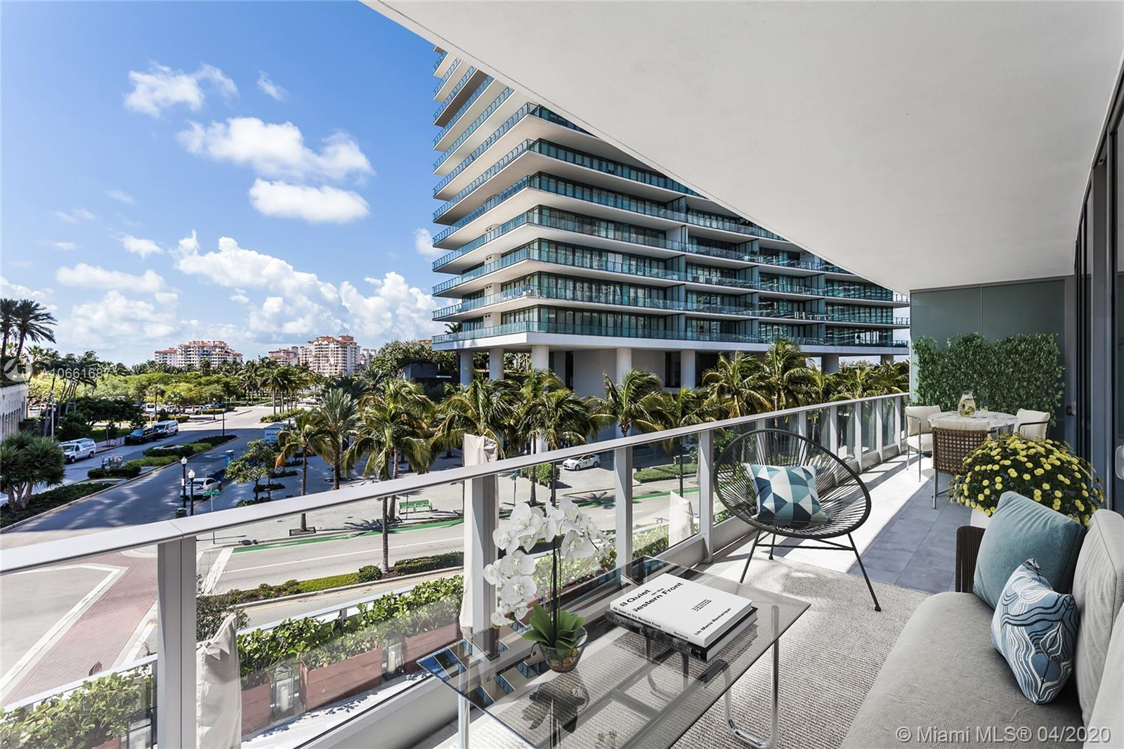 801 S Pointe Dr #306 For Sale A10661687, FL