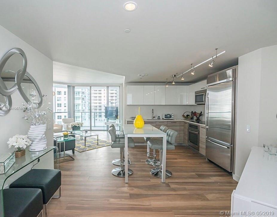 1300  Brickell Bay Dr #1610 For Sale A10674471, FL