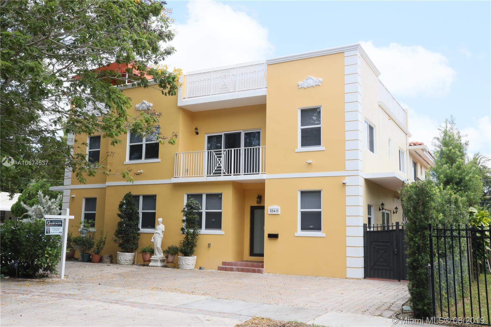 3340 SW 29 St.  For Sale A10674537, FL