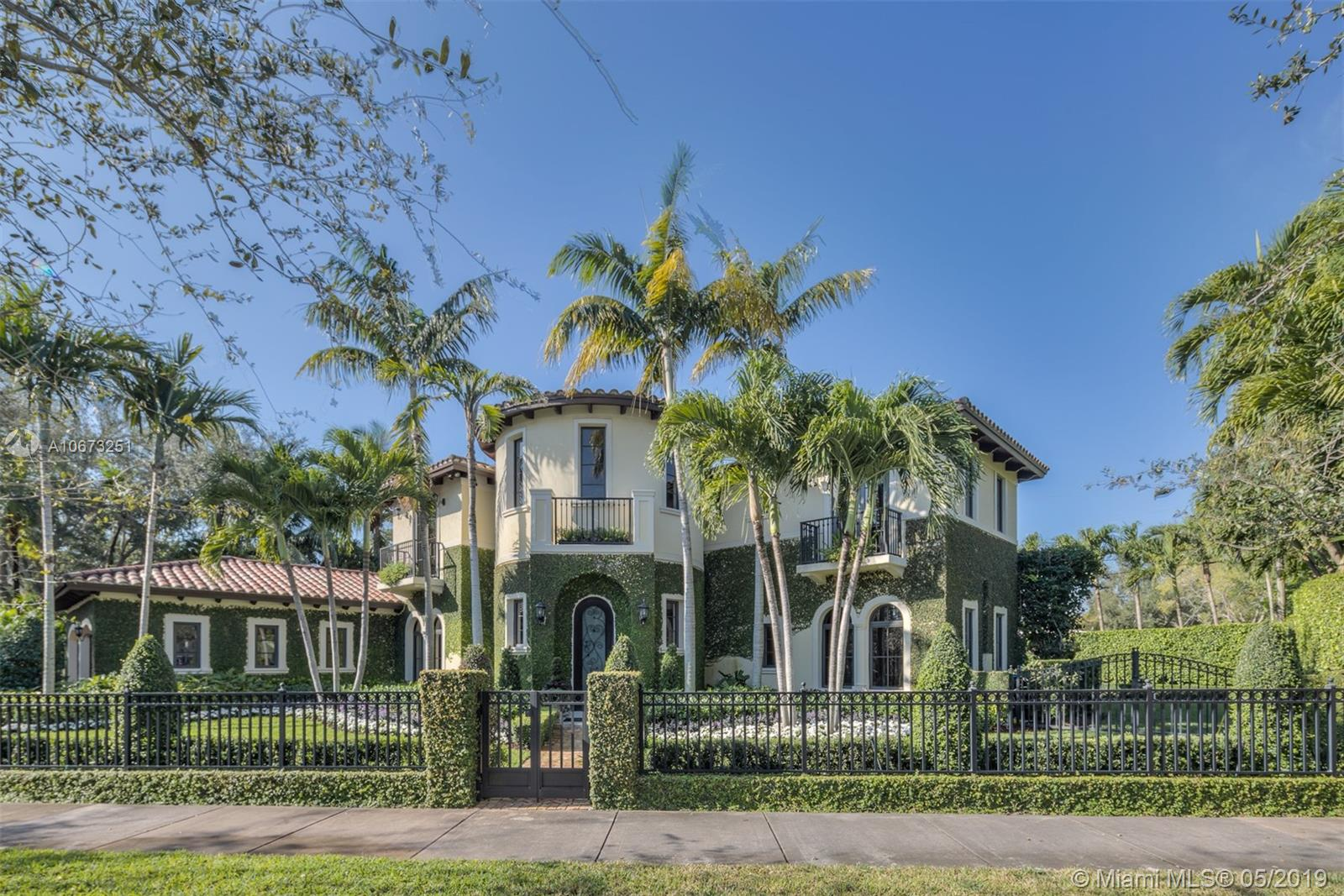 5820 Augusto St, Coral Gables, FL 33146