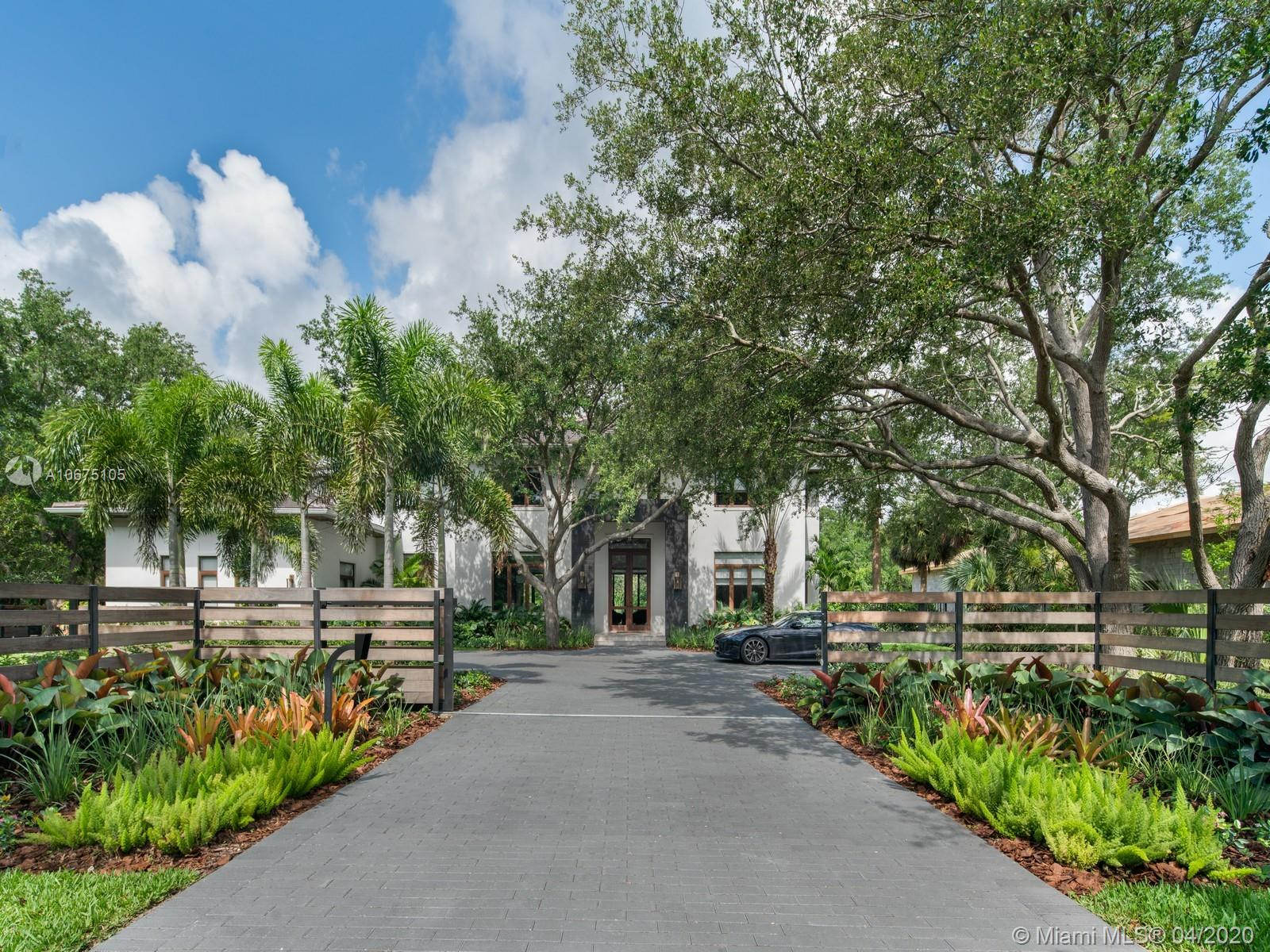 10150 SW 61st Ave  For Sale A10675105, FL