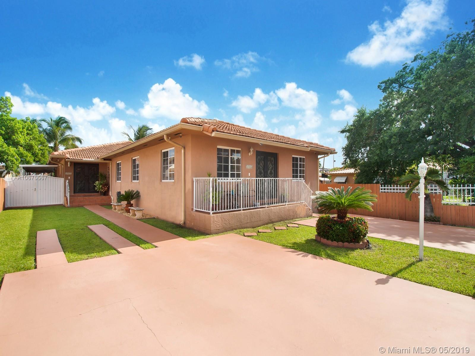 3512 SW 2nd St  For Sale A10675567, FL