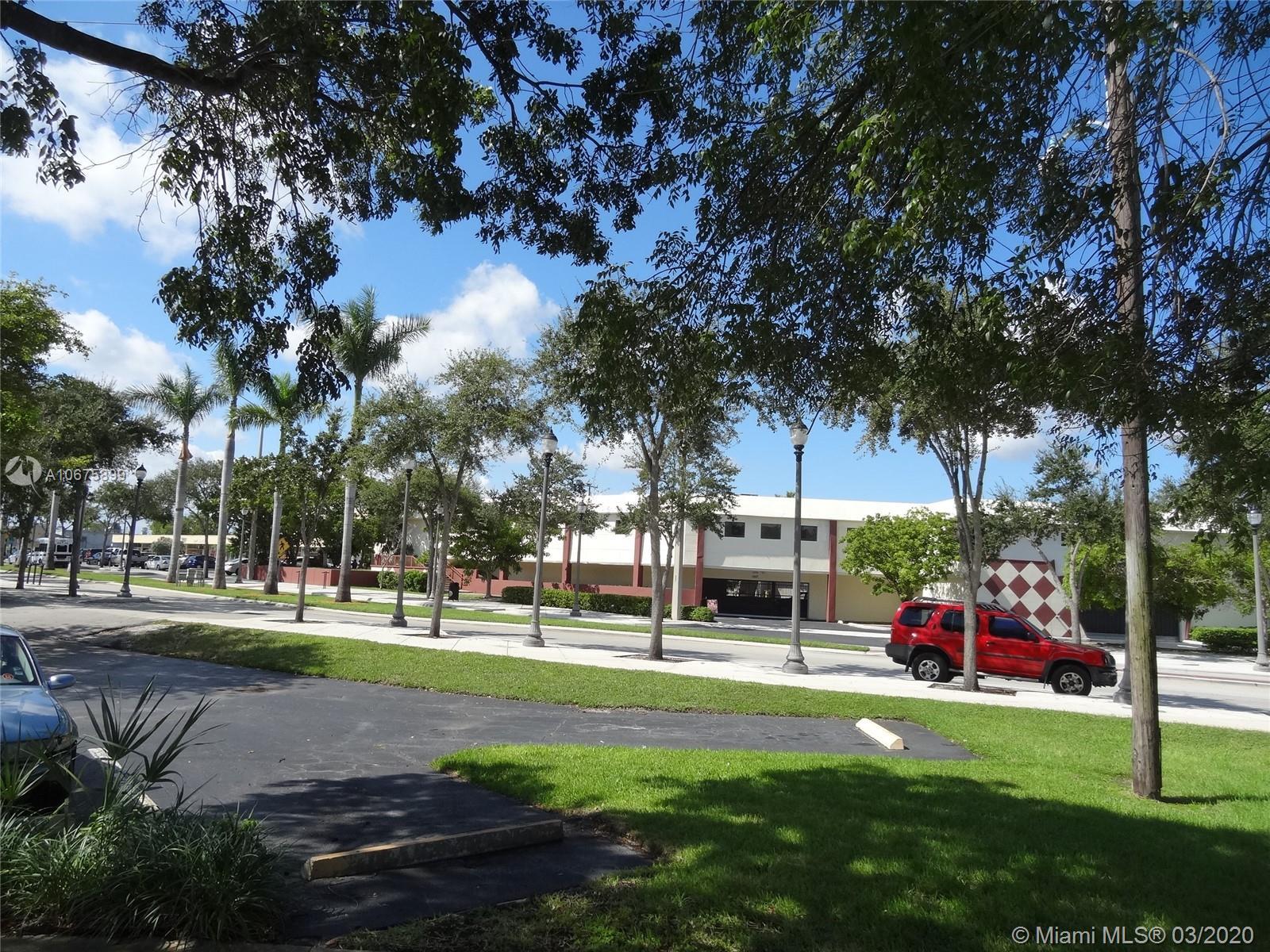 1557 NE 164th St, North Miami Beach, FL 33162