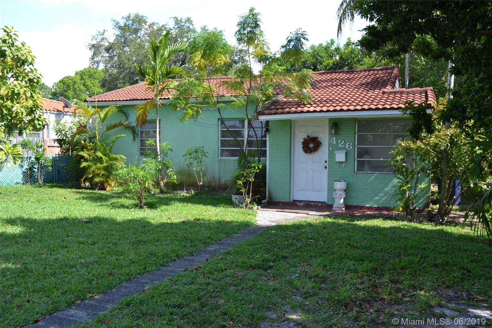 426  Swan Ave  For Sale A10675785, FL