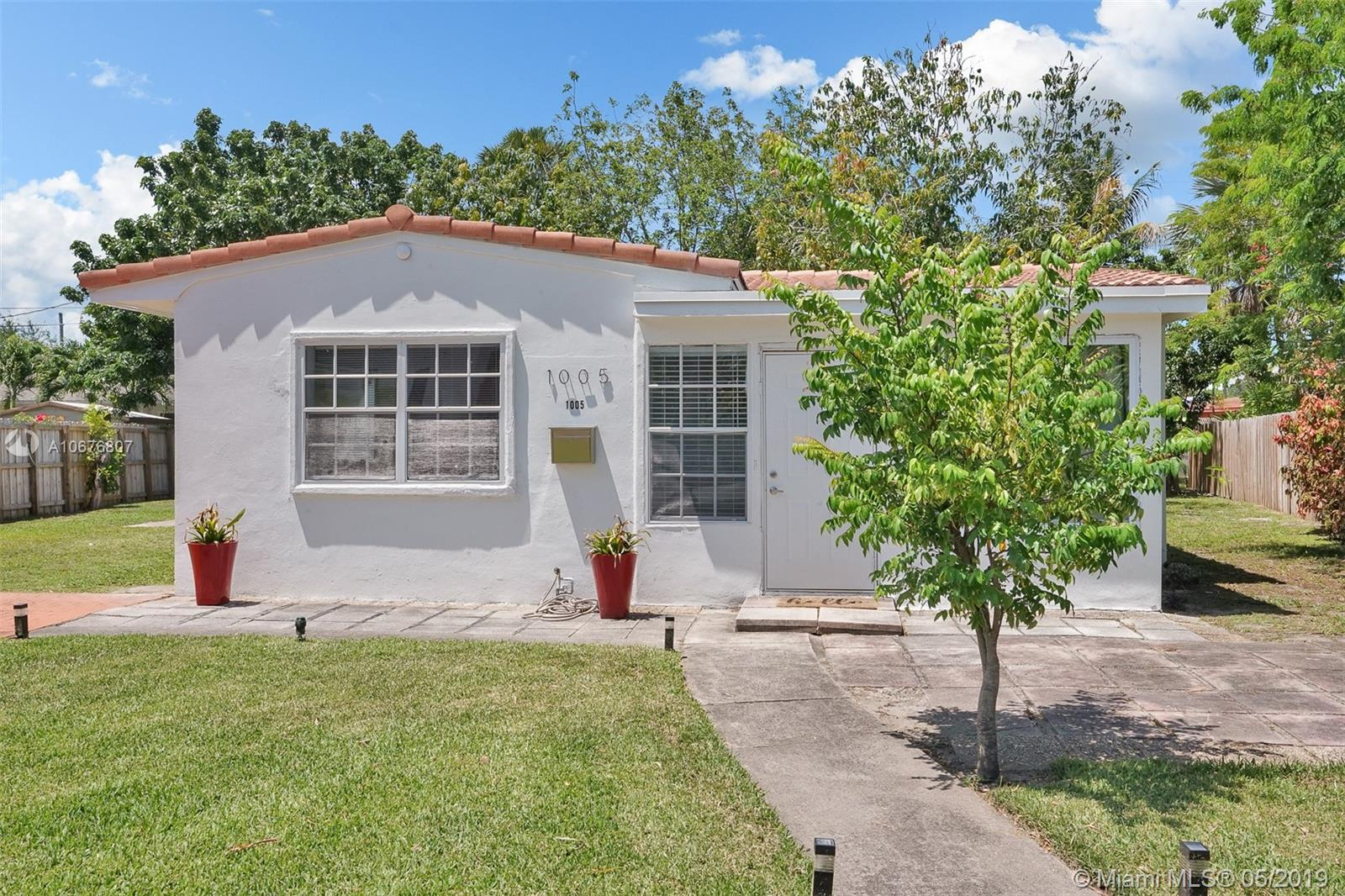RENOVATED 2/1 IN QUIET MIDDLE RIVER TERRACE.  BEAUTIFULLY RESTORED TERAZZO FLOORS, GORGEOUS KITCHEN, AMPLE LIVING AND DINING AREAS, LAUNDRY AND STORAGE ROOM IN ADDITION TO A LARGE STORAGE SHED. THIS WONDERFUL HOME IS 8 MINUTES TO GALLERIA MALL, FORT LAUDERDALE BEACH AND MINUTES TO DOWNTOWN FORT LAUDERDALE.  LARGE 7550 LOT WITH ROOM FOR EXPANSION. ENJOY THE BACKYARD WITH AMAZING FRUIT TREES; LYCHEE, MANGO, AVOCADO AND MORE.  MAKE IT YOUR OWN TODAY.