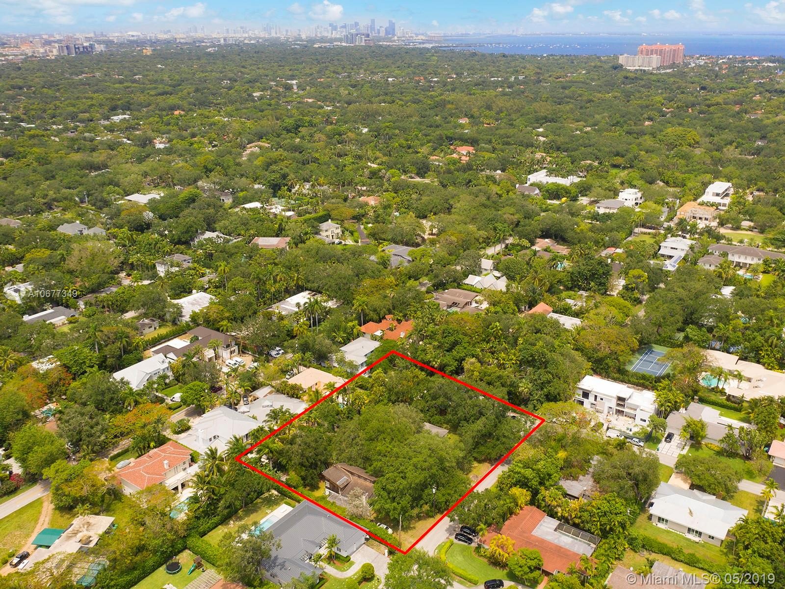 5101 SW 77th St  For Sale A10677349, FL