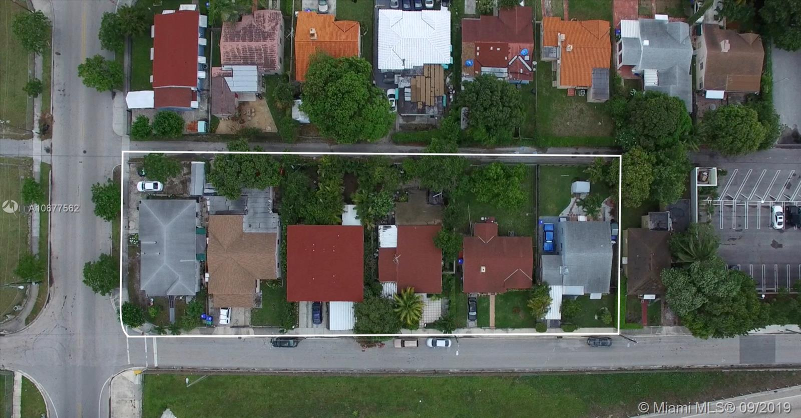 53 NW 38 Street  For Sale A10677562, FL