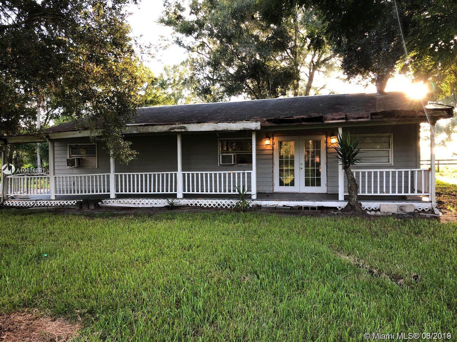 6450 NE 304 Street, Other City - In The State Of Florida, FL 34972