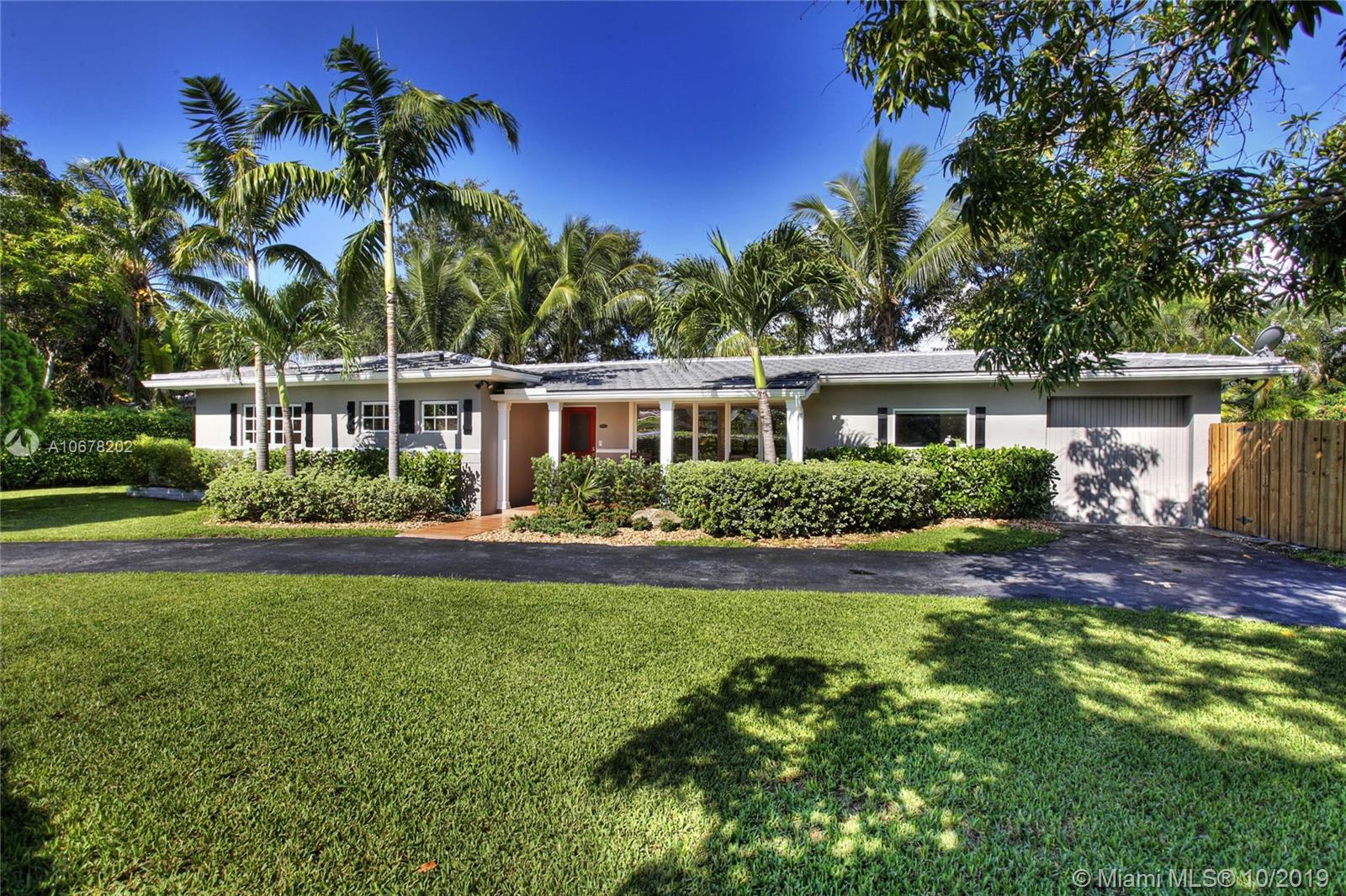 8000 S W 62nd Ct  For Sale A10678202, FL