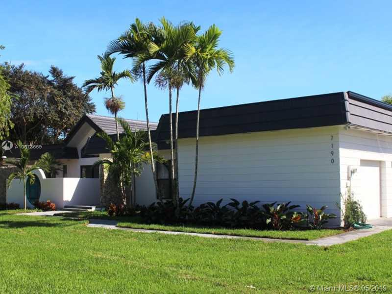 7190 SW 136 ST  For Sale A10678659, FL