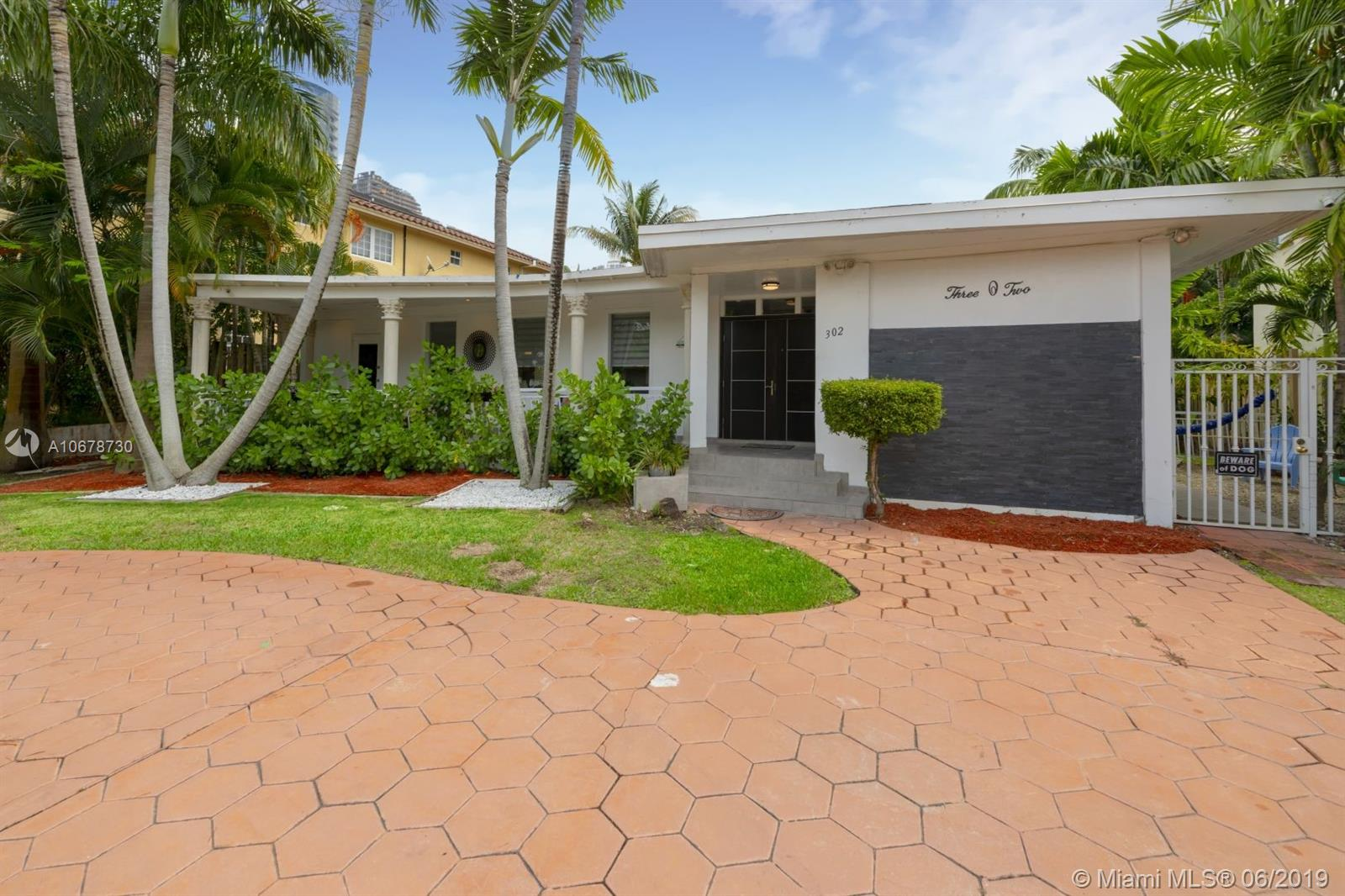 302  189th St  For Sale A10678730, FL