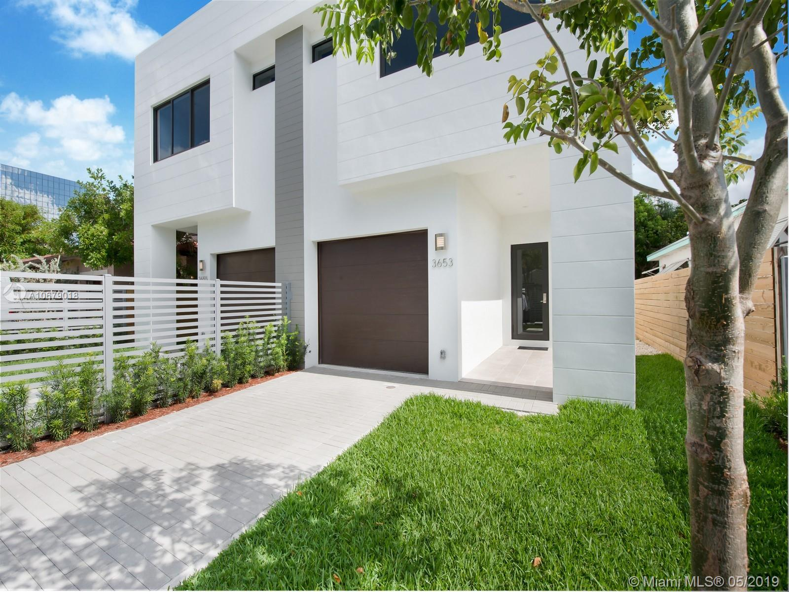 3653 SW 23rd Terr  For Sale A10679018, FL