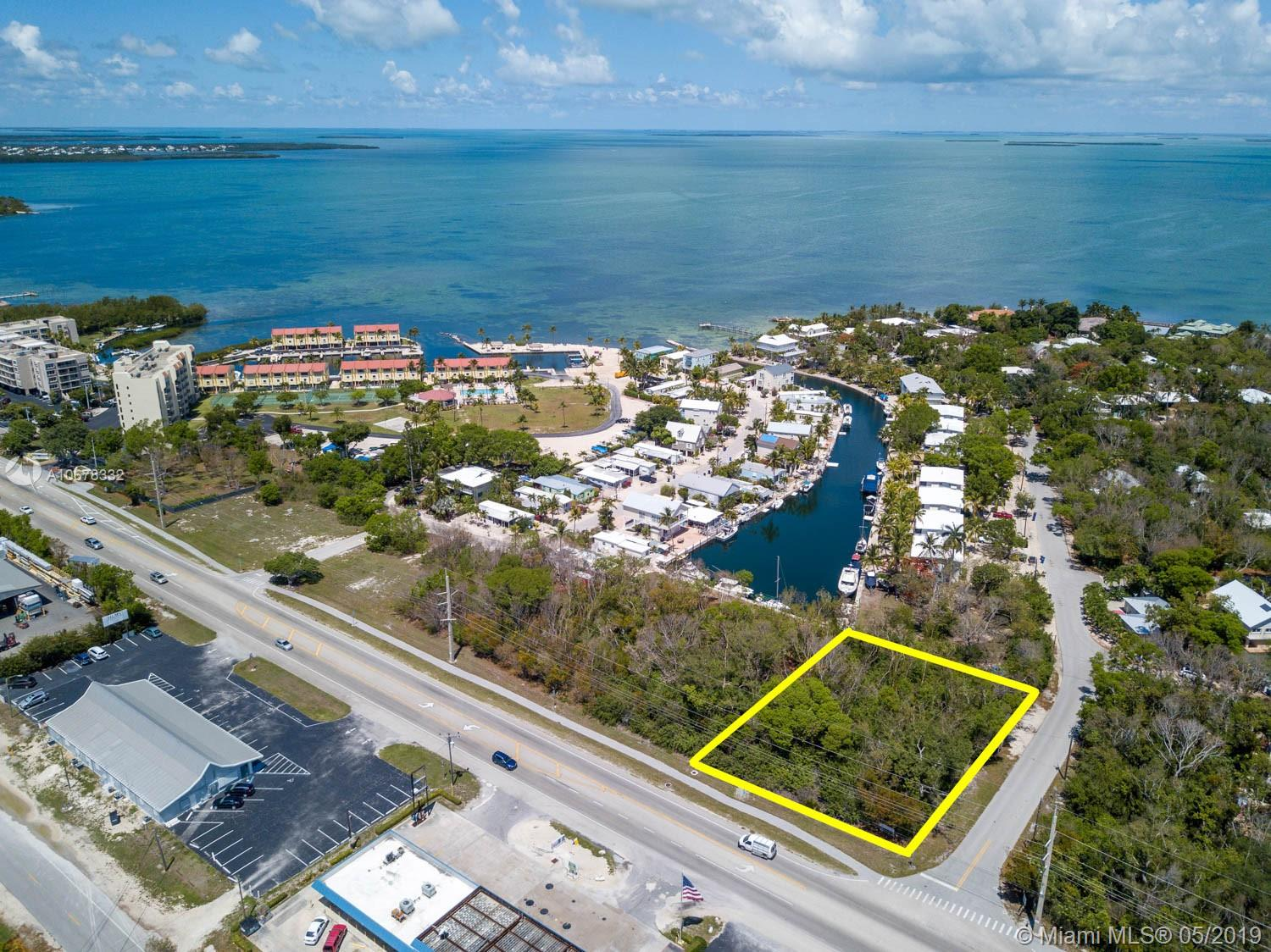 MM 88.64 Overseas Hiwy & Monroe Dr, Other City - Keys/Islands/Caribbean, FL 33070