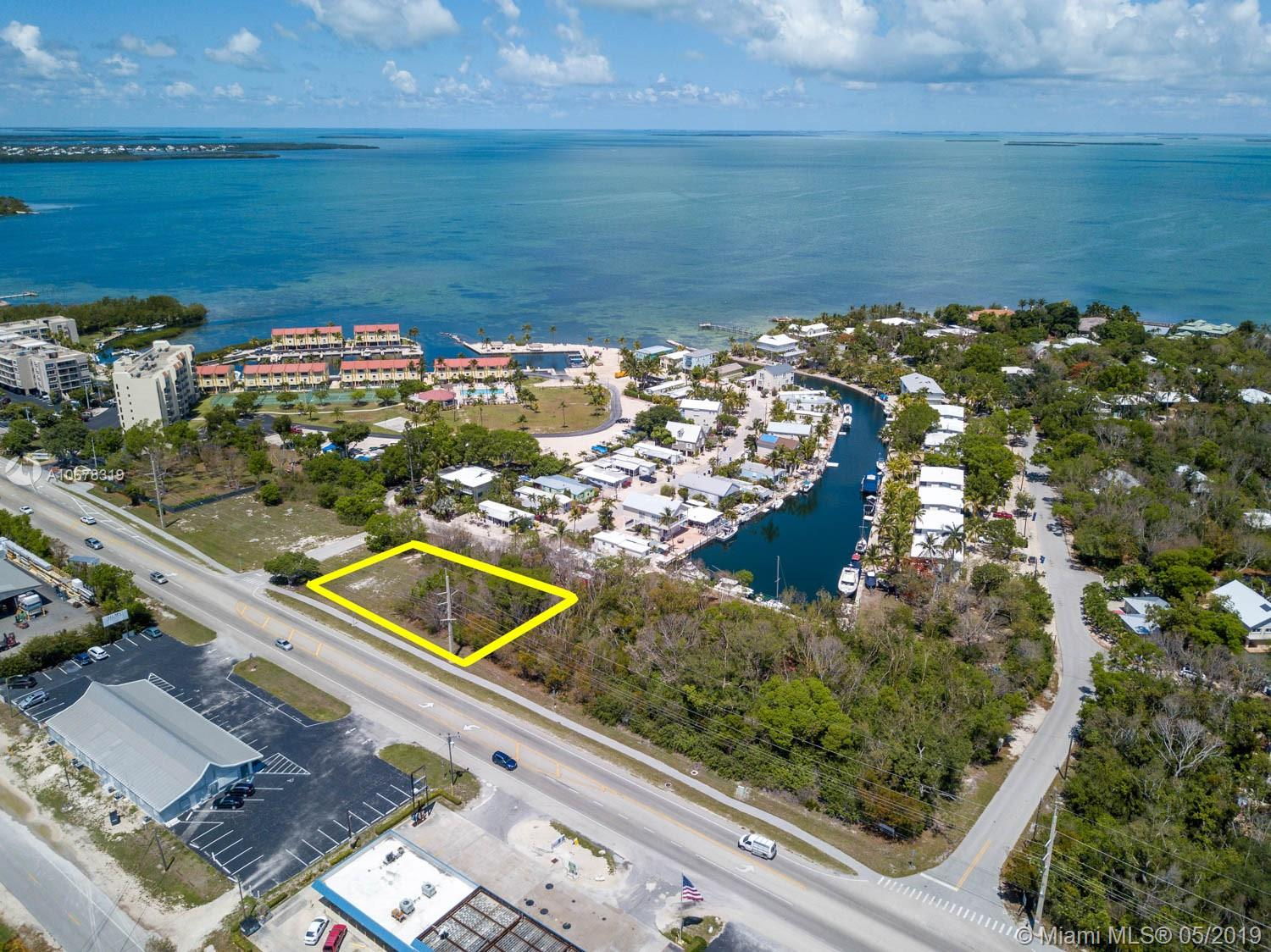 MM 88.62 Overseas Hwy & Village St, Other City - Keys/Islands/Caribbean, FL 33070