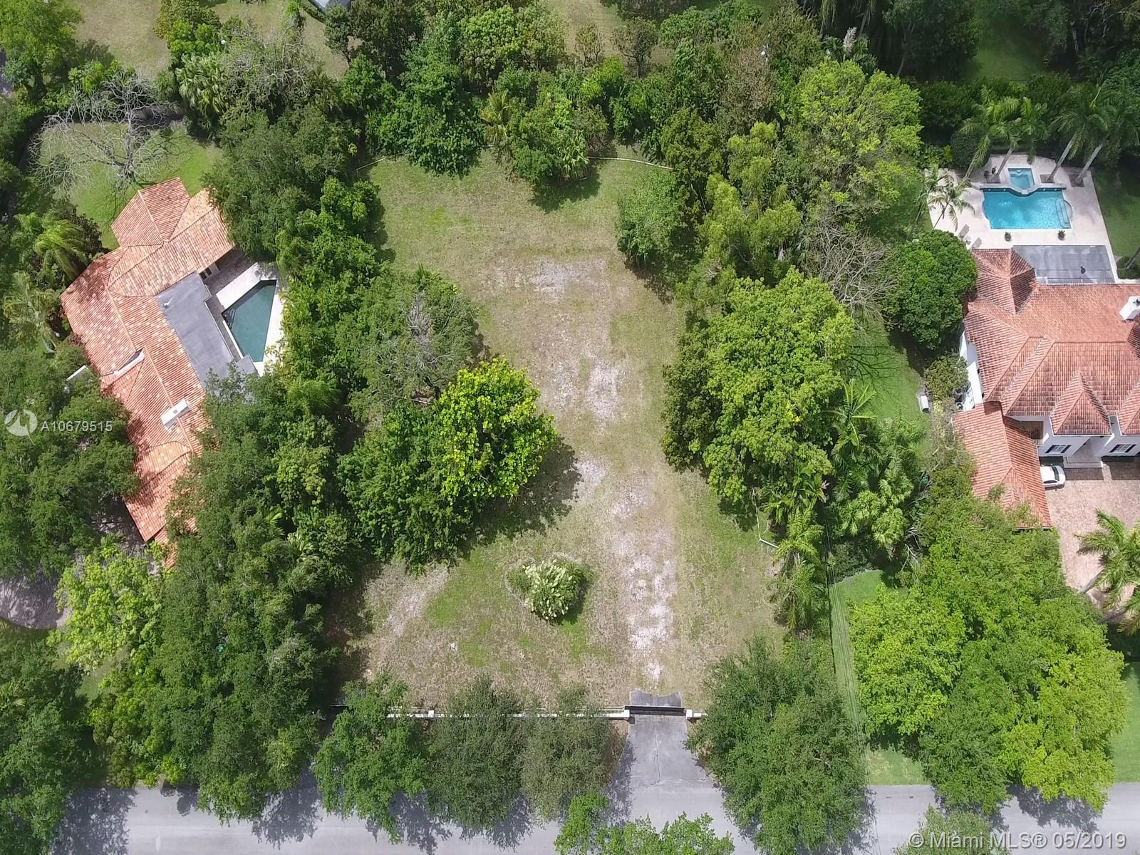 6250 S W 98th St  For Sale A10679515, FL