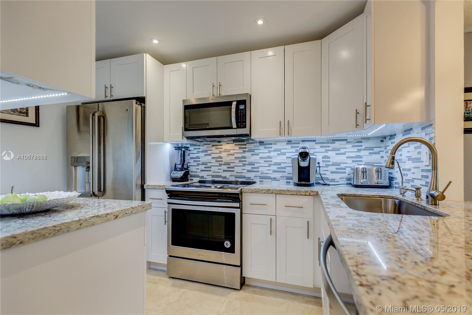 700 NE 14th Ave #111 For Sale A10678688, FL