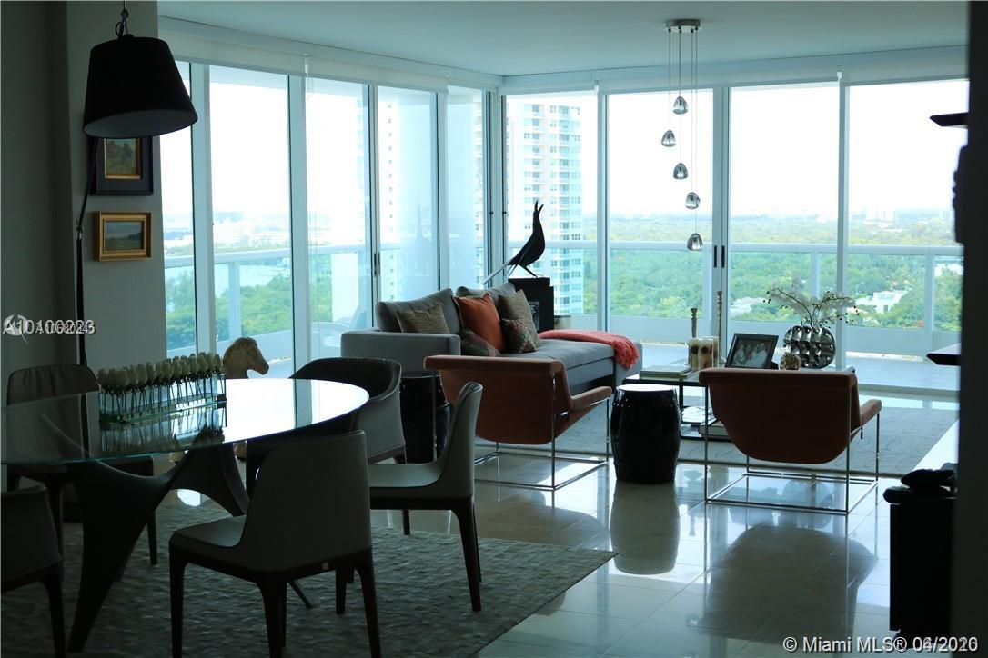 SPECTACULAR 3 BEDROOMS IN THE HEART OF BRICKELL RESIDENTIAL GREEN LIVING. Located on the luscious green millionaires mile sits the Iconic BRISTOL TOWER by Ugo Columbo and award winning Revuelta Architecture who created the masterpiece that broke the Miami Skyline forever introducing a boutique luxury urban lifestyle. This special 3 bedroom, 3 Bathroom, property is a ONE OF A KIND unit set on the transition of the 22th floor that has a grand wraparound balcony of 913 sq ft!! FULLY REMODELLED.The size of an apartment in outdoor living. This neighborhood offers easy access to I95, minutes from trendy eateries in Brickell City Center, fine dining, galleries and boutiques, all in the heart of financial urban Brickell. ONE OF A KIND, WON'T LAST! 2 PARKING SPACES