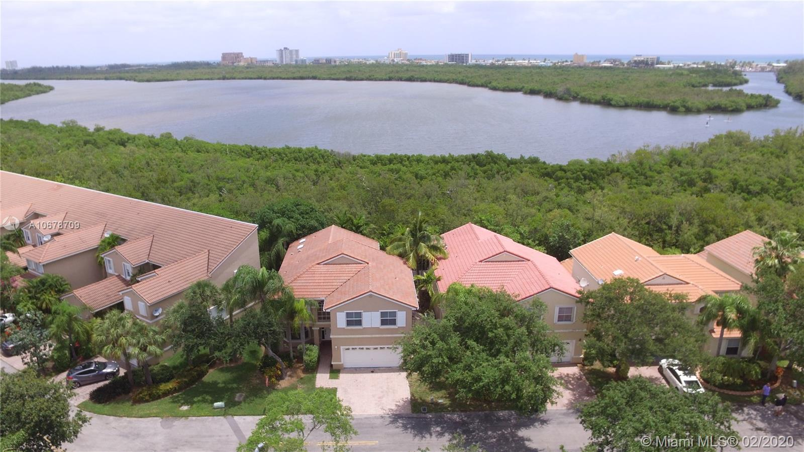 1095  Weeping Willow Way  For Sale A10678709, FL