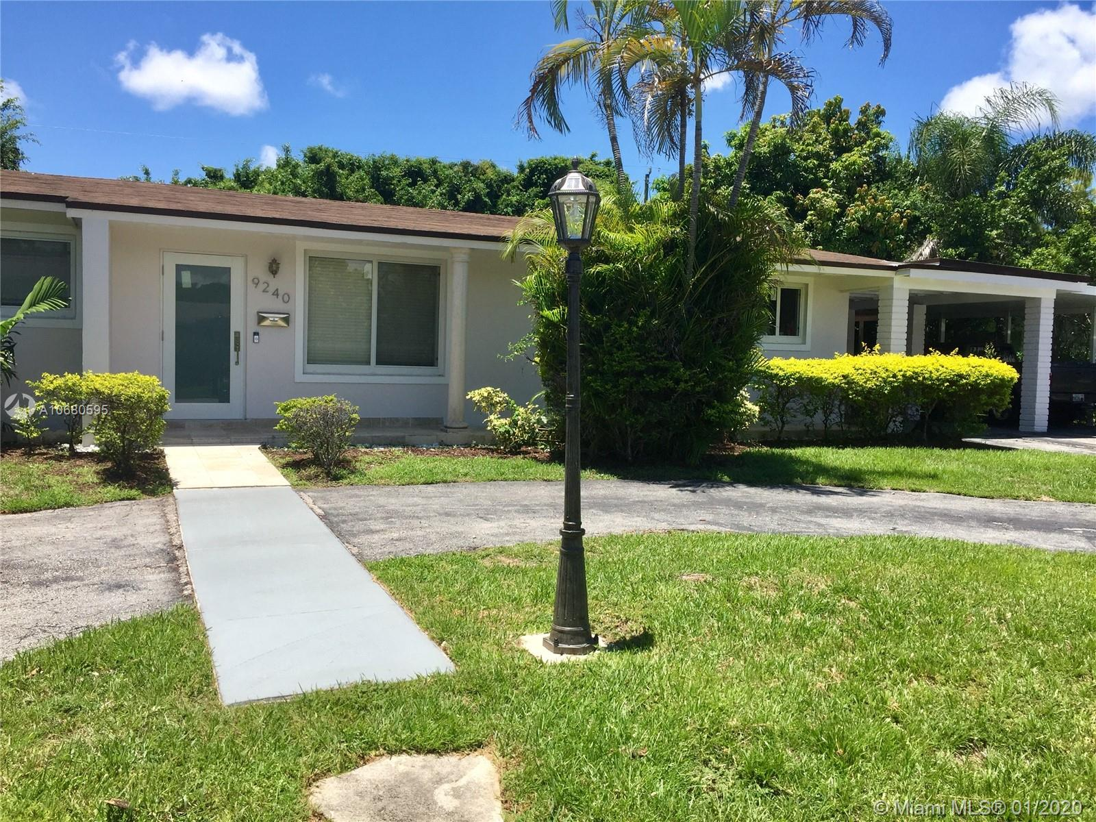 9240 SW 166th Ter  For Sale A10680595, FL