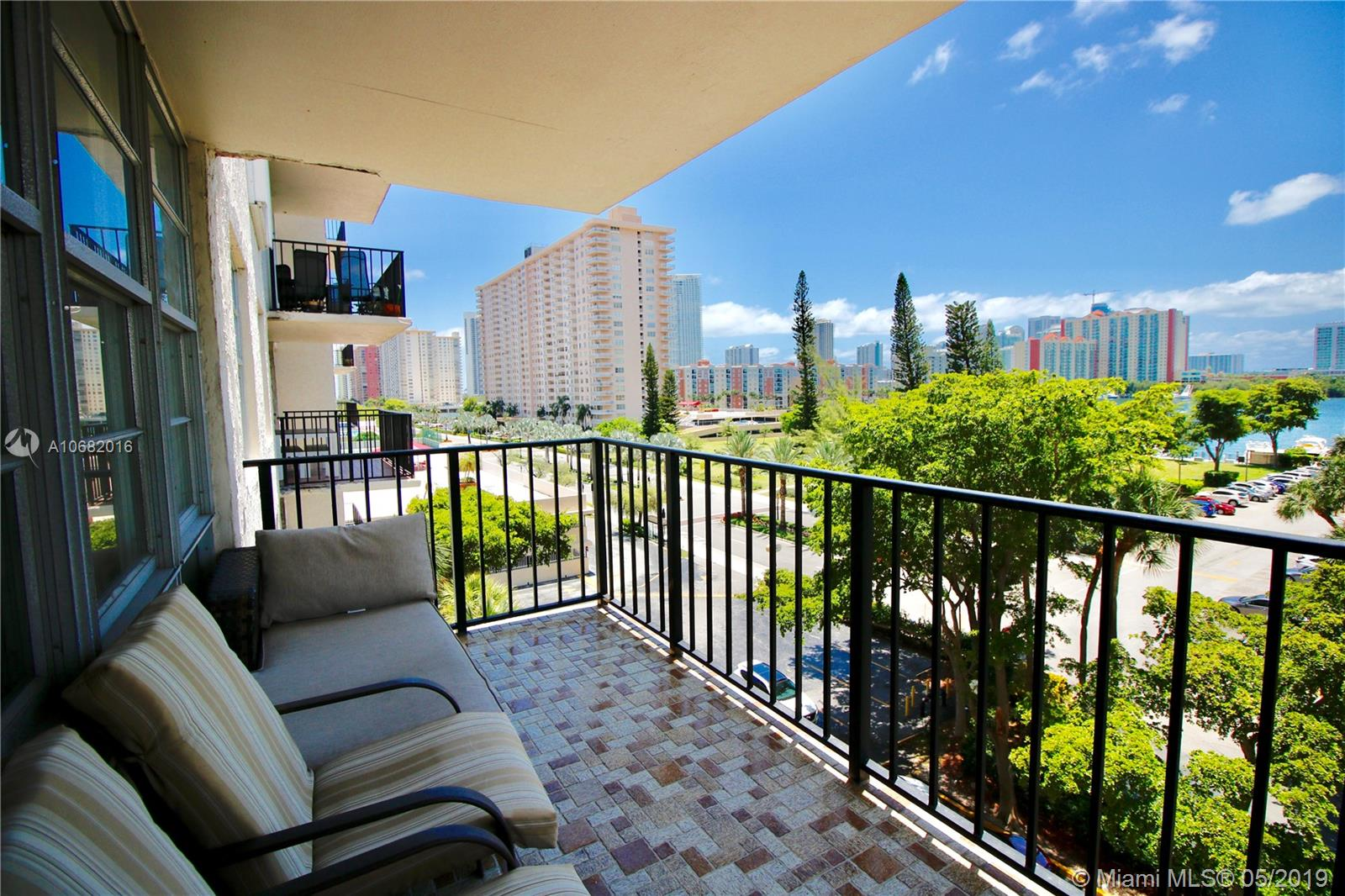 301  174th St #610 For Sale A10682016, FL