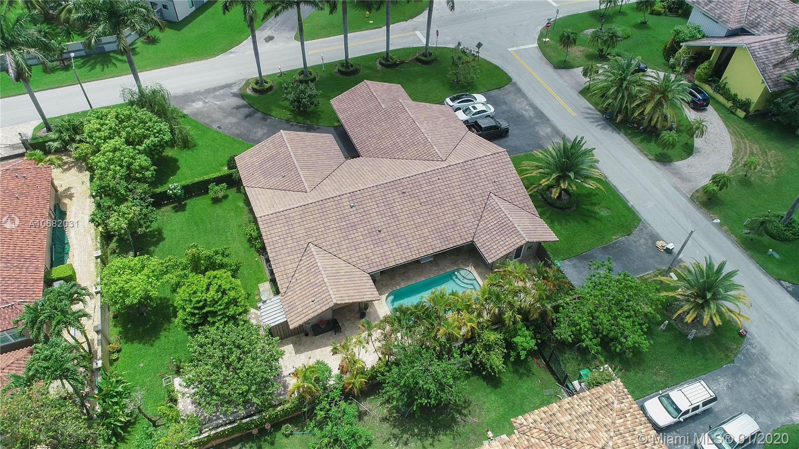 13340 NW 104th Ave, Hialeah Gardens, FL 33018