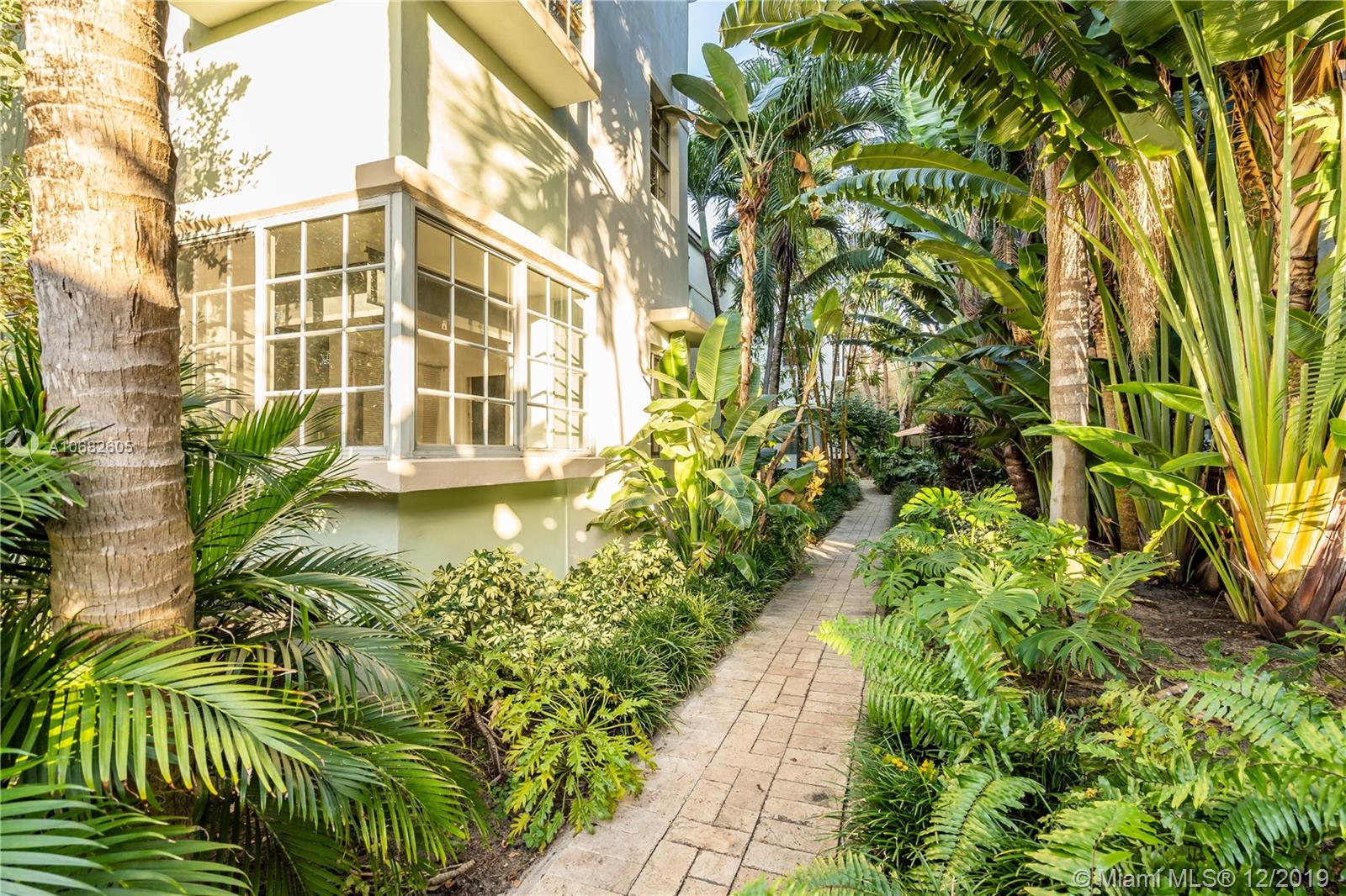 2921  Sheridan Ave #1 For Sale A10682605, FL