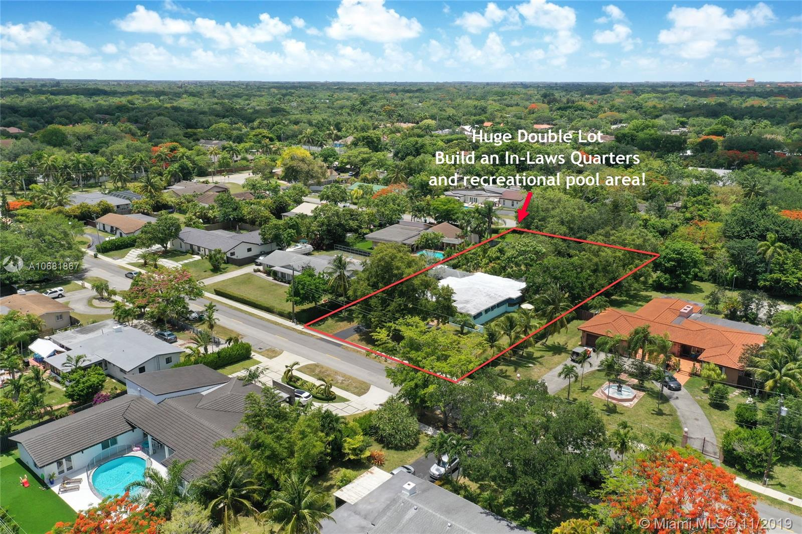 8565 SW 124th St  For Sale A10681867, FL