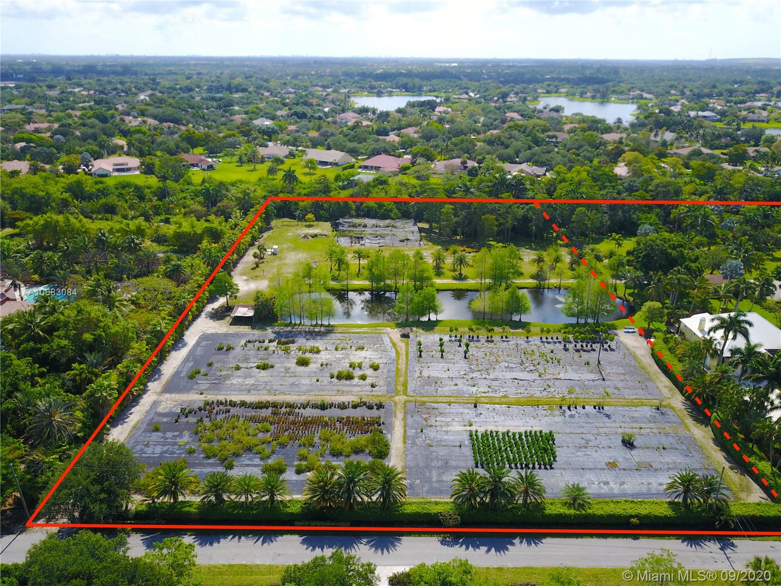 7250 NW 82nd Ter, Parkland, FL 33067
