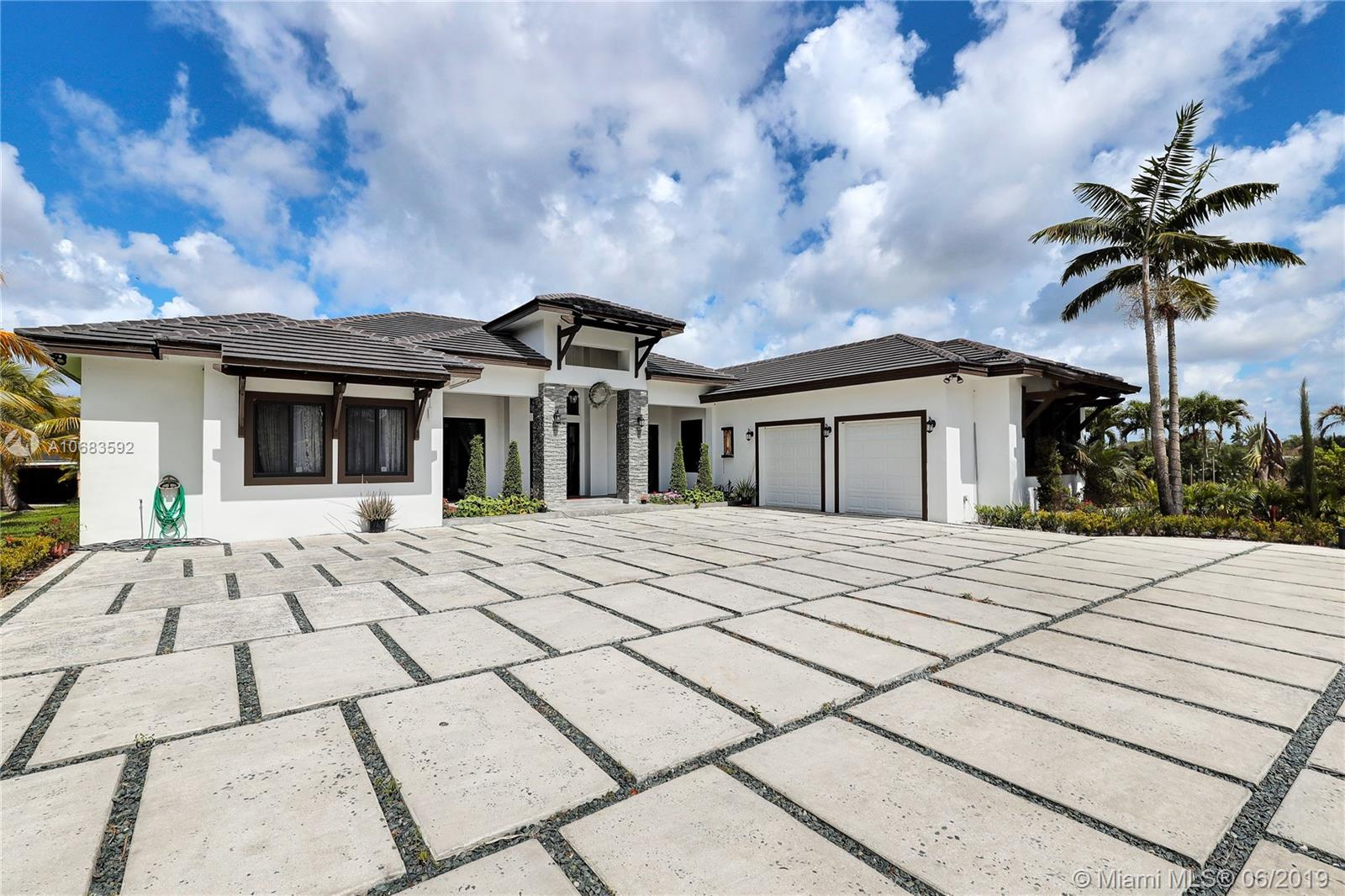 26820 SW 187th Ave  For Sale A10683592, FL