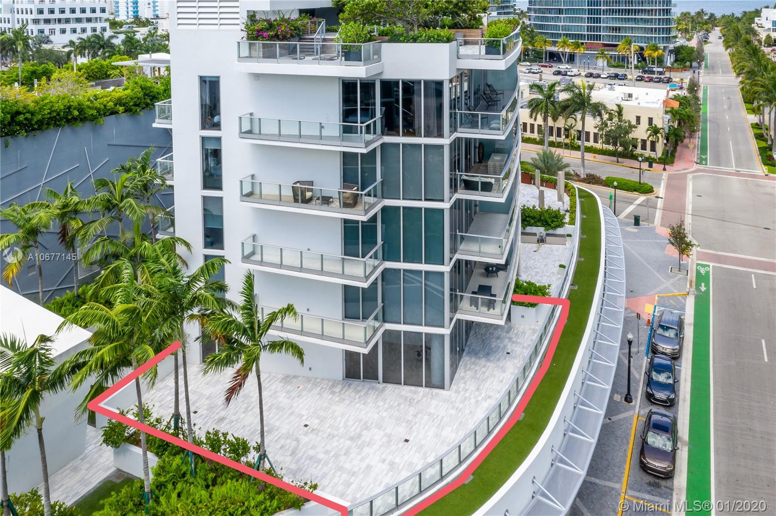 801 S Pointe Dr #204 For Sale A10677145, FL