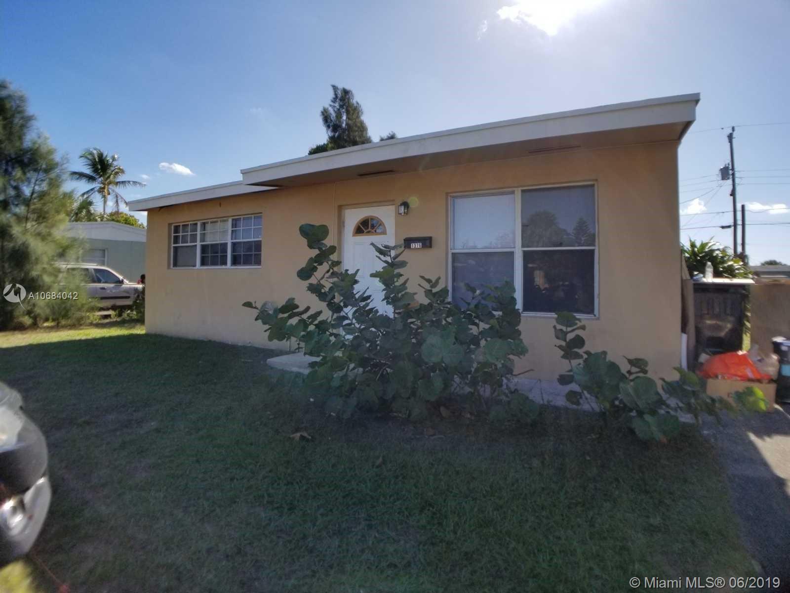 1376 11th St, West Palm Beach, FL 33401