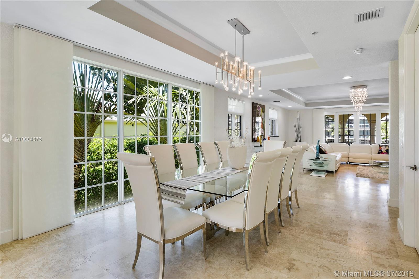 55  Isle Of Venice Dr #55 For Sale A10684078, FL