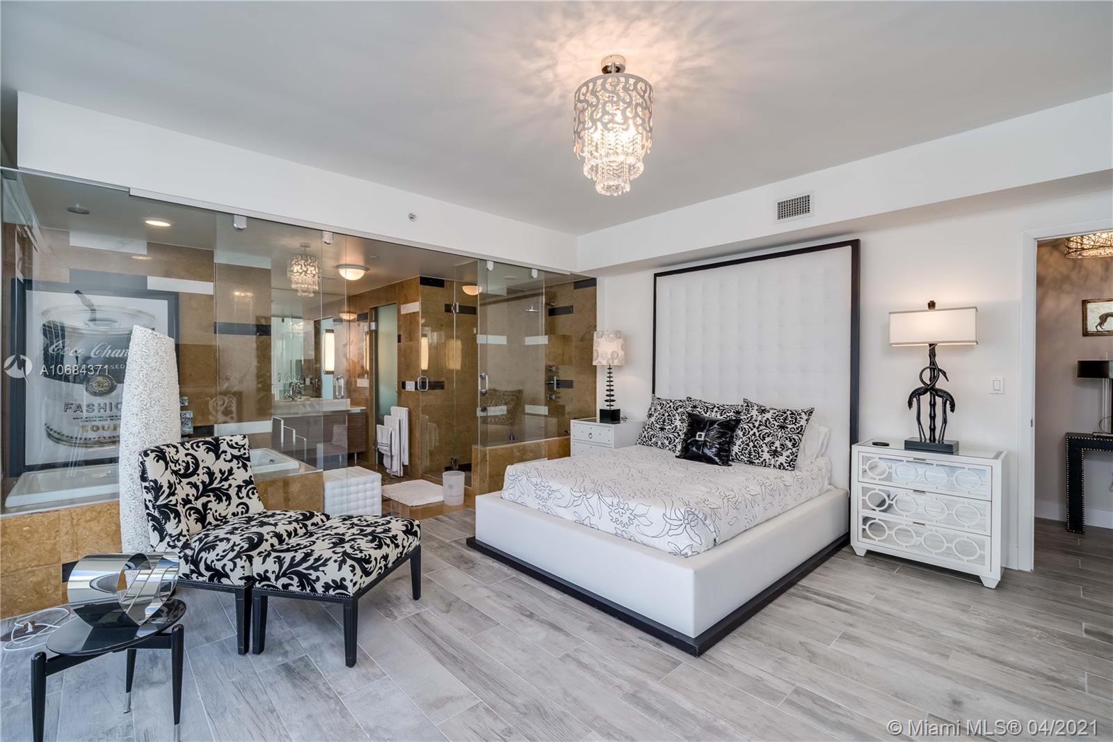 3737  Collins Ave. #S-804 For Sale A10684371, FL