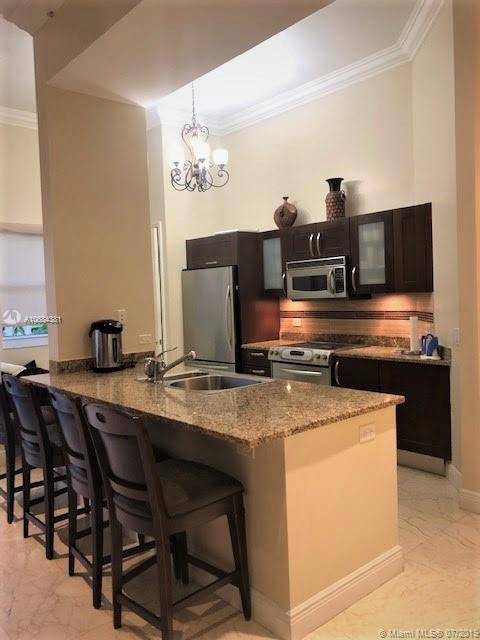 19900 E Country Club Dr #112 For Sale A10684381, FL