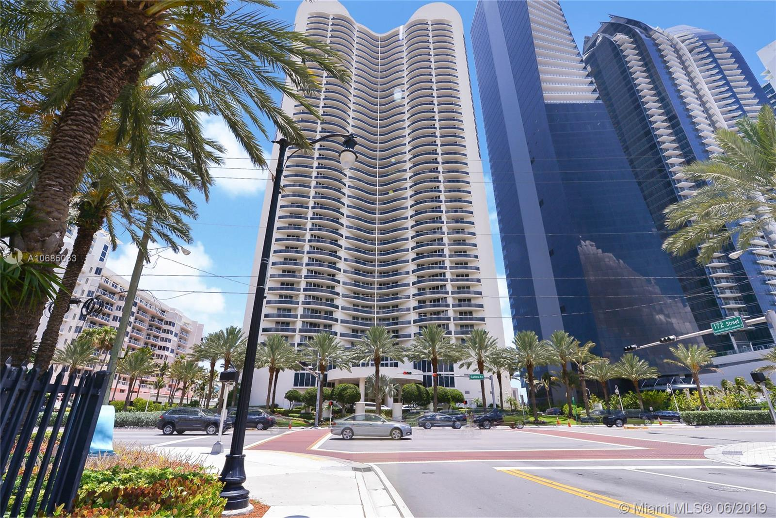 17201  Collins Ave #1902 For Sale A10685033, FL