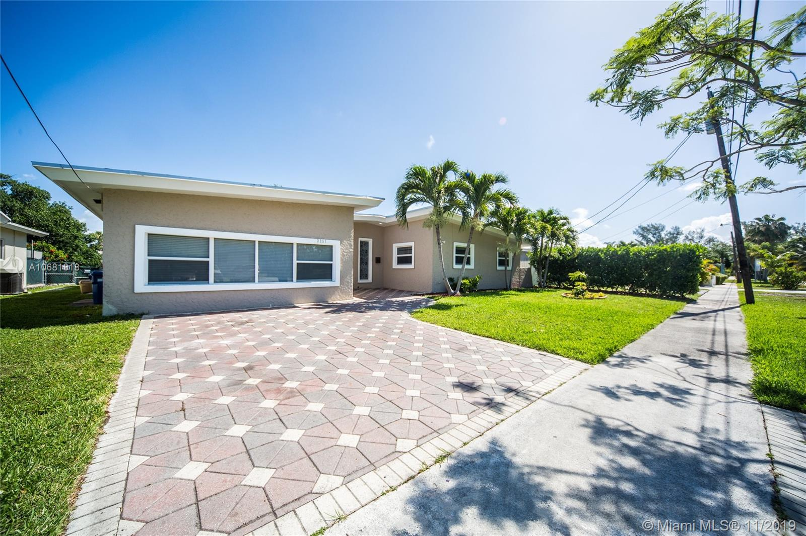 2251 NE 191st St  For Sale A10681818, FL