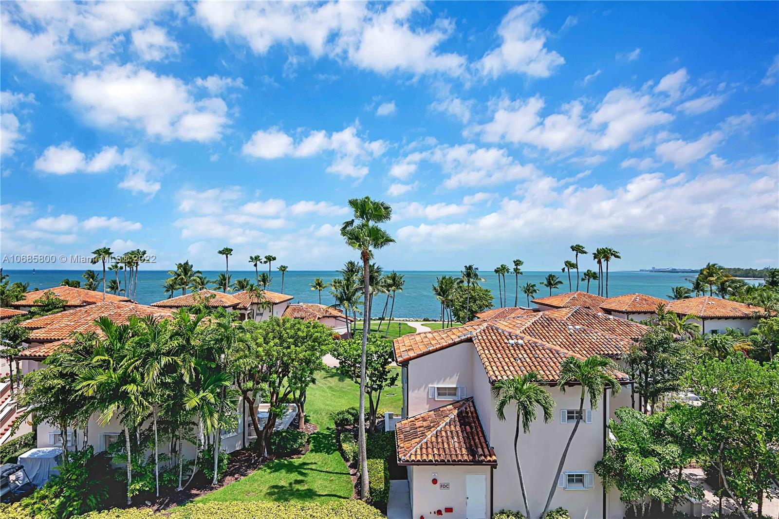 19144  Fisher Island Dr #19144 For Sale A10685800, FL