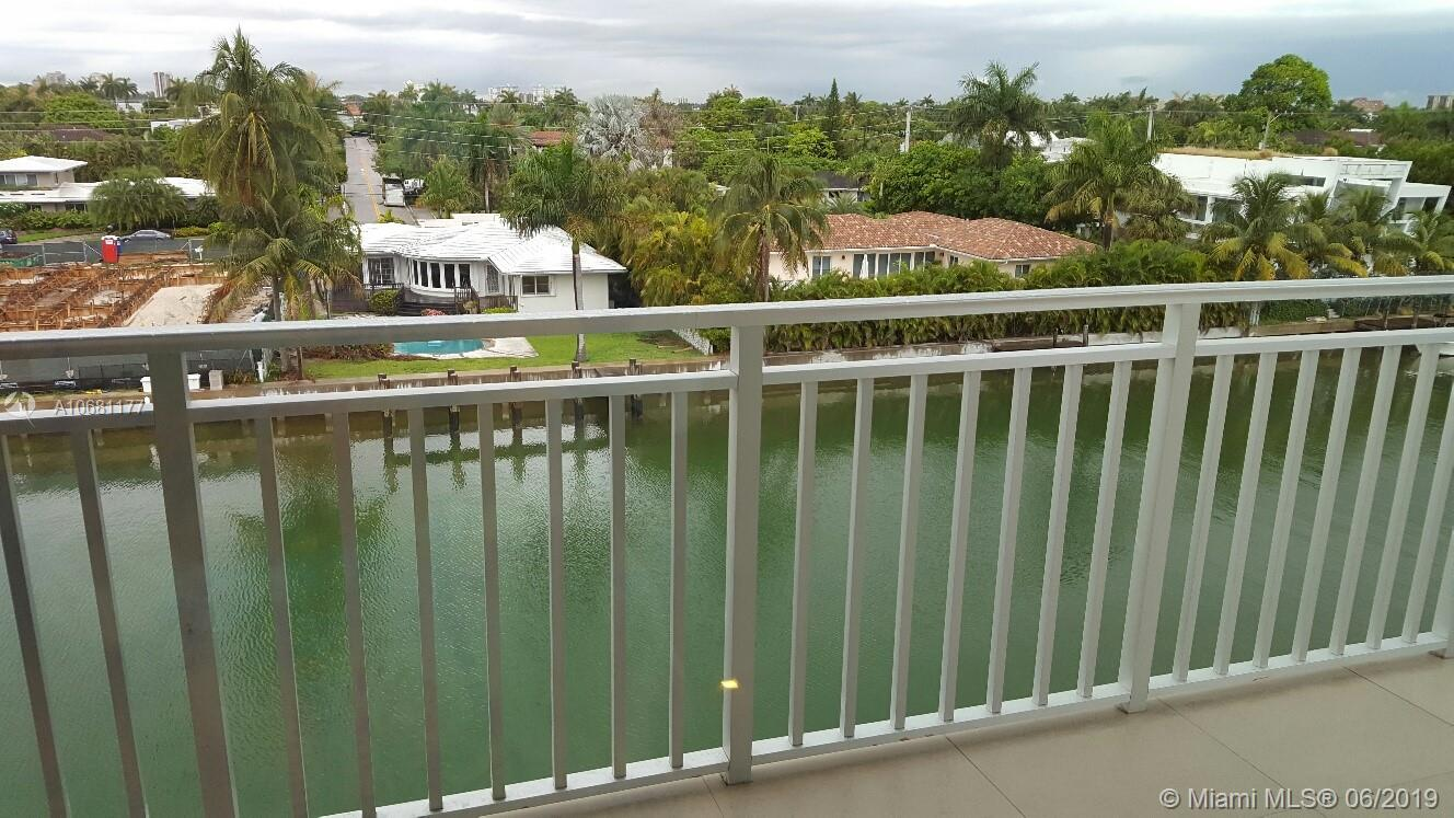 9500  W BAY HARBOR DR #4D For Sale A10681177, FL