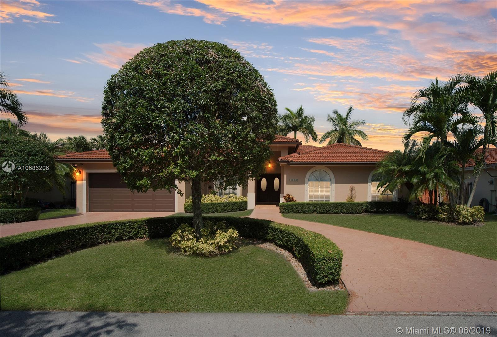 14040 SW 152nd Pl  For Sale A10686206, FL