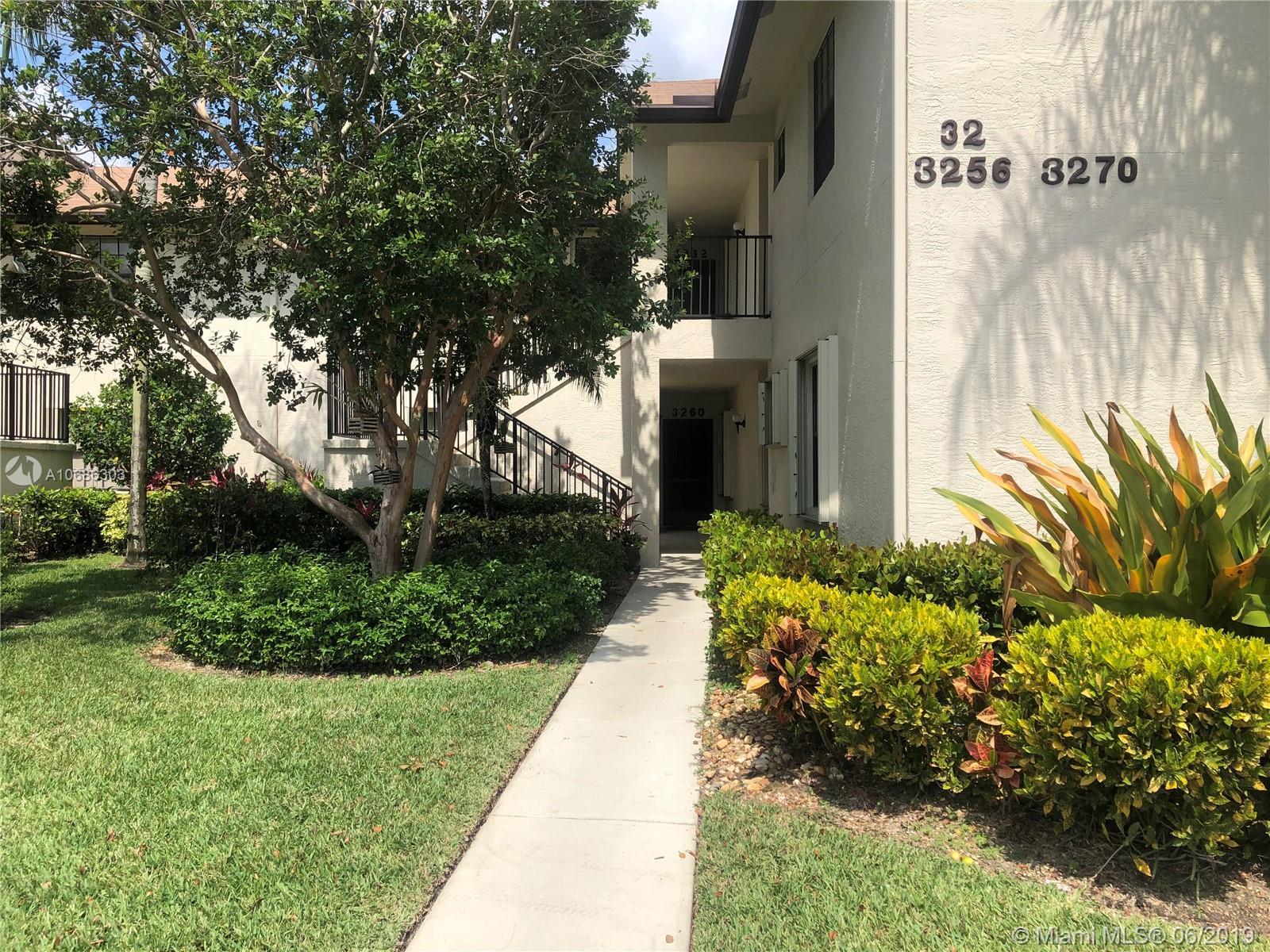 3260 Jog Park Dr 3260, Green Acres, FL 33467