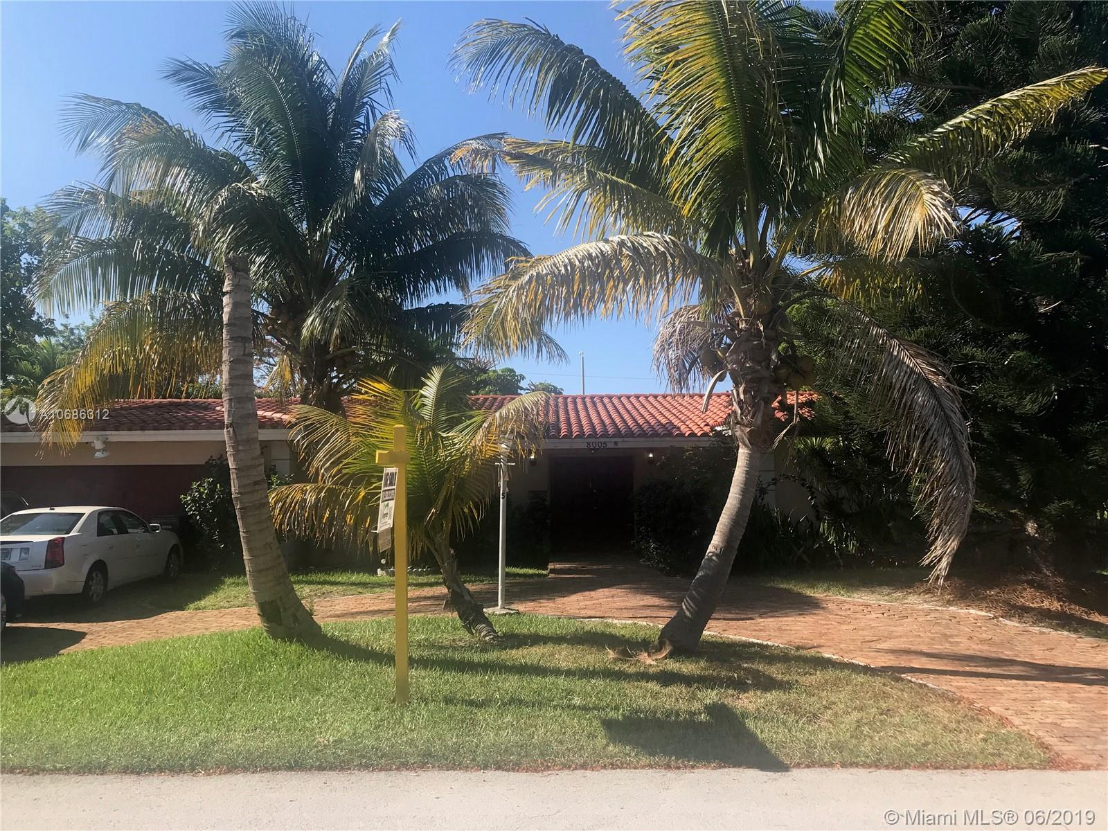 8005 SW 89th St  For Sale A10686312, FL