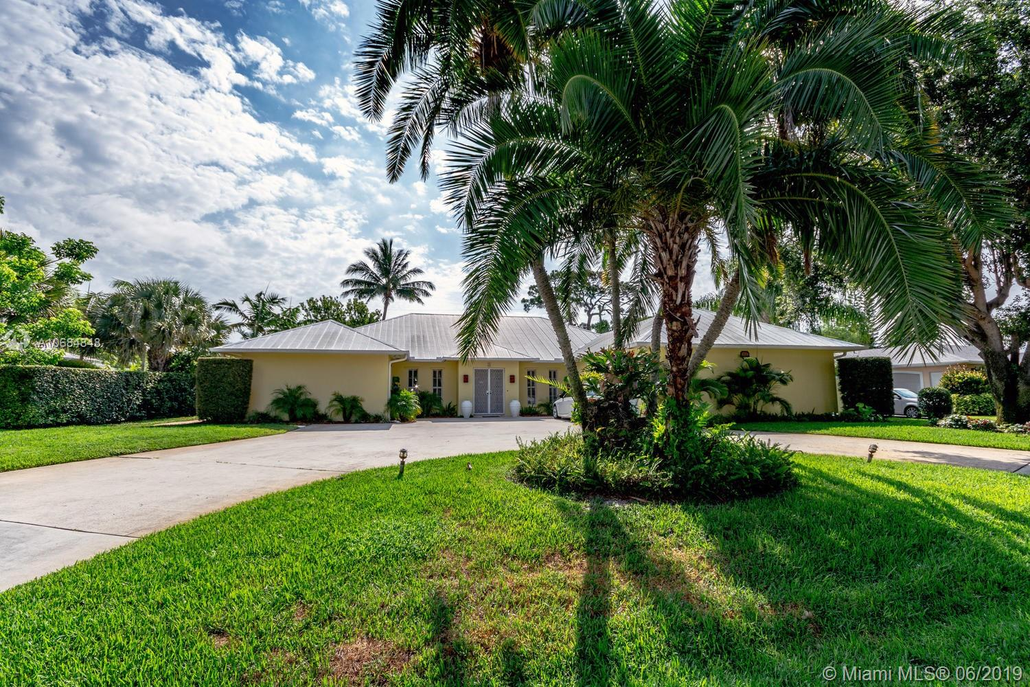 142  River Dr  For Sale A10684848, FL