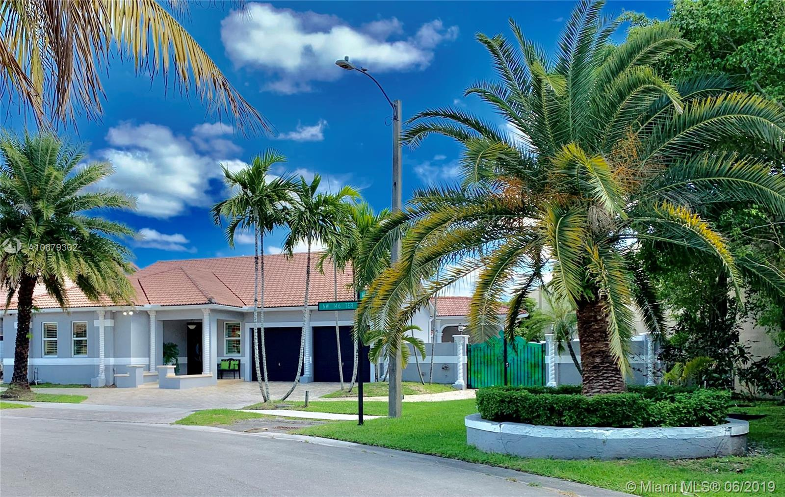 9164 NW 146th Ter, Miami Lakes, FL 33018