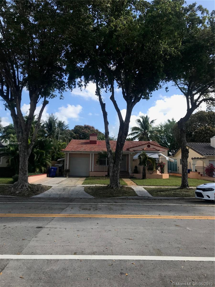 801 SW 24th Rd  For Sale A10687067, FL