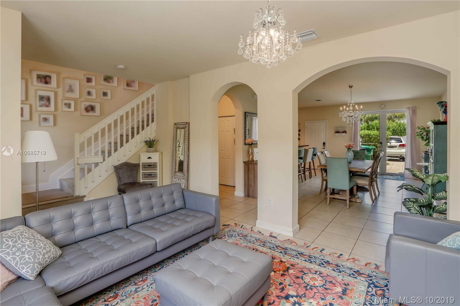 16957 SW 92nd St  For Sale A10685719, FL