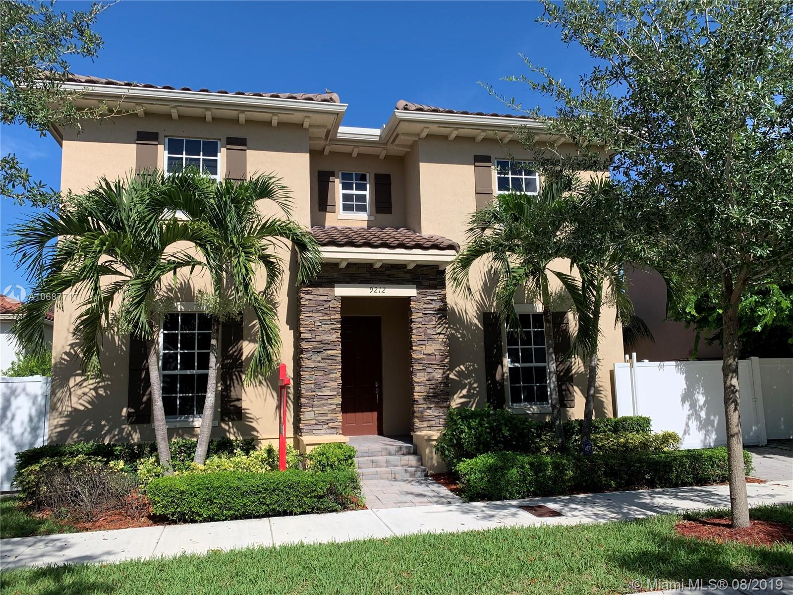 9212 SW 171 CT  For Sale A10687717, FL