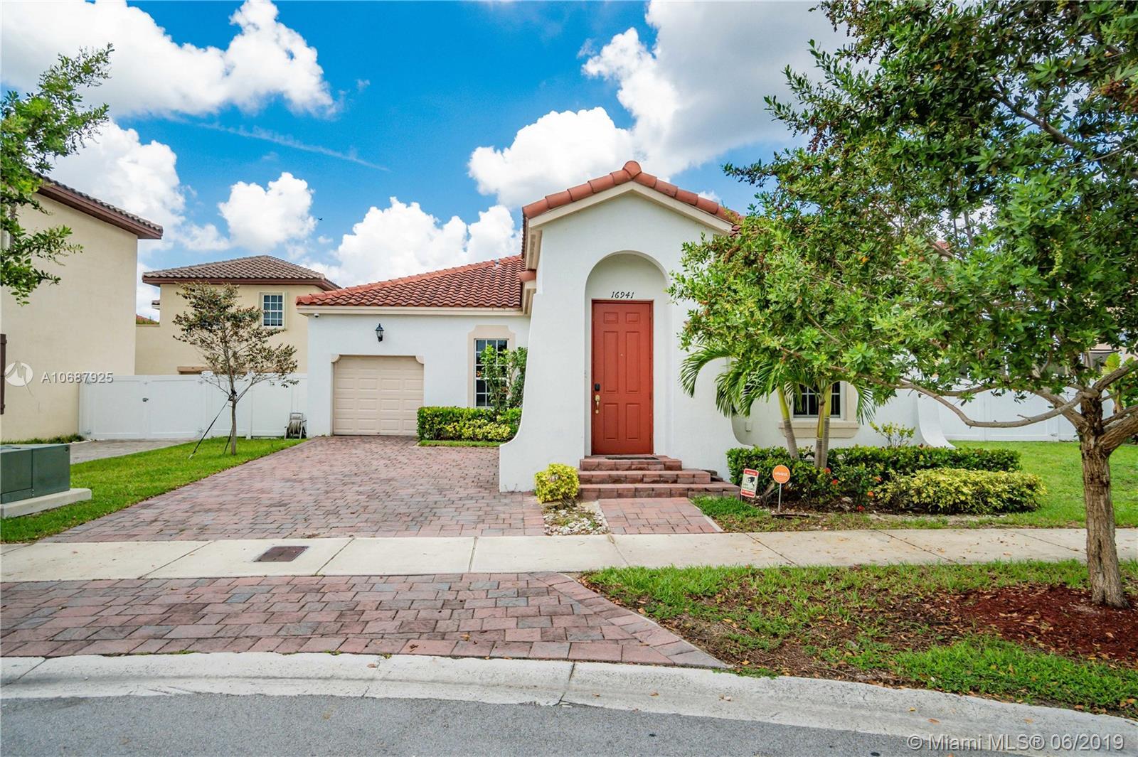 16941 SW 91st Lane Cir, Kendall FL 33196